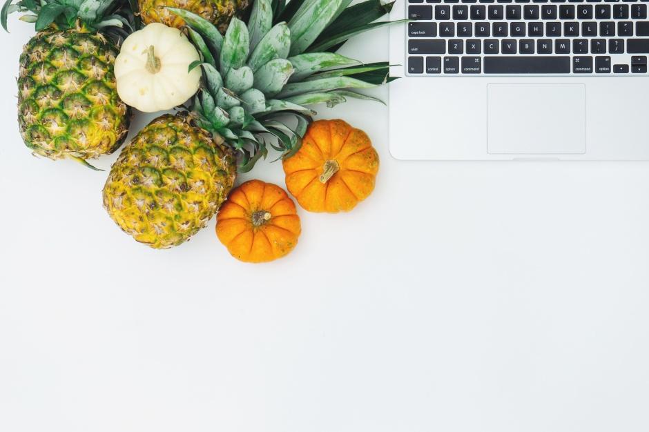 vb_v6w1nmea-pineapples